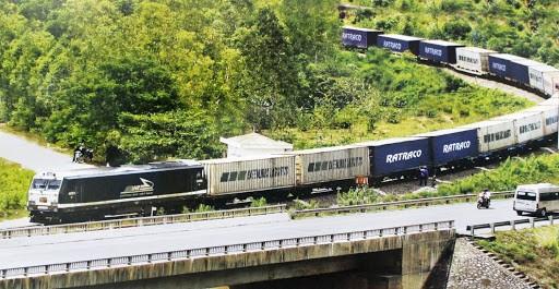Dịch vụ vận chuyển hàng hóa từ Nam ra Bắc bằng đường sắt