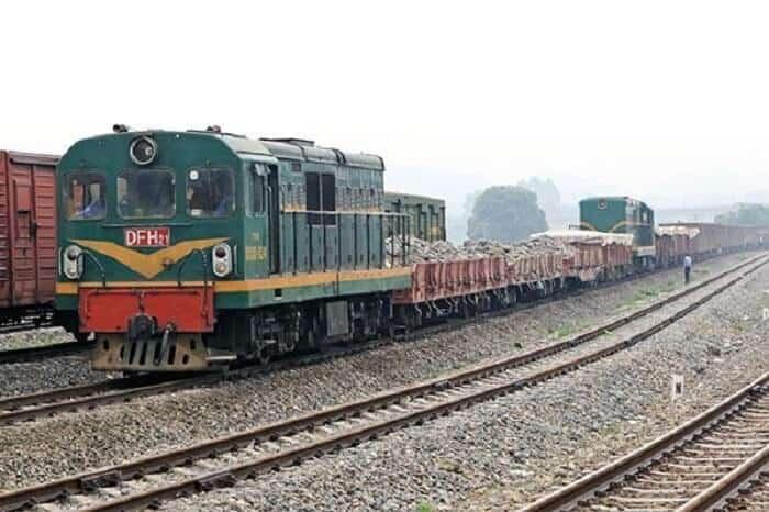 Quy trình vận chuyển xe máy Bắc Nam bằng tàu hỏa