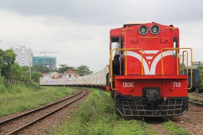 Thời gian vận chuyển đường sắt Bắc Nam trong bao lâu?