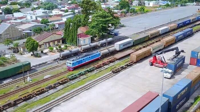 Tiêu chí lựa chọn đơn vị vận chuyển hàng hóa bằng đường sắt