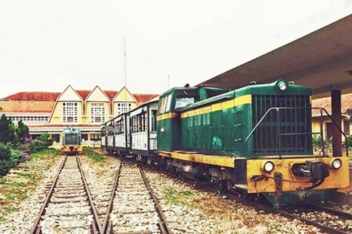 Dịch vụ vận chuyển đường sắt door to door Bắc Nam giá rẻ