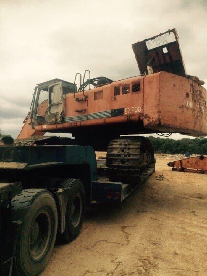 Dịch vụ vận tải, vận chuyển máy xúc, máy đào trên toàn quốc