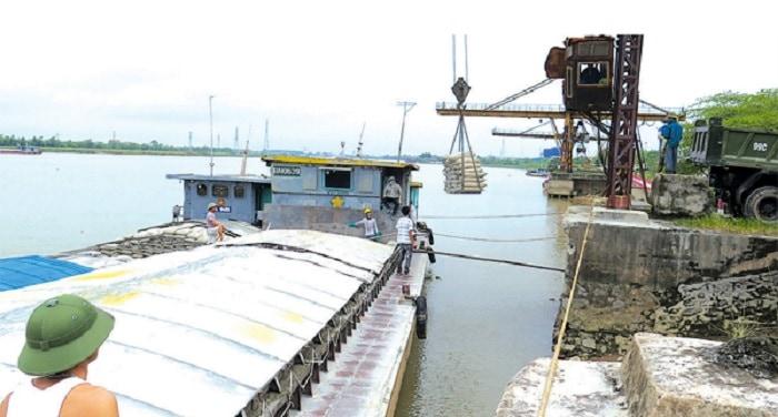Tìm hiểu ưu nhược điểm của dịch vụ vận tải hàng hóa đường thủy