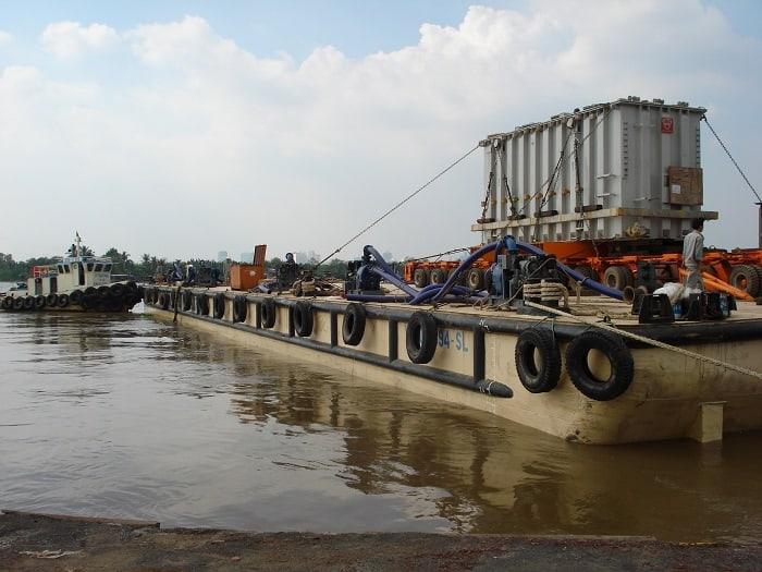 Vận tải đường sông phát triển nhất ở vùng nào hiện nay?
