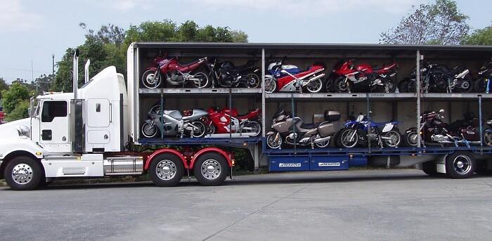 Dịch vụ vận chuyển xe máy từ Hà Nội vào TPHCM an toàn, nhanh chóng, giá rẻ