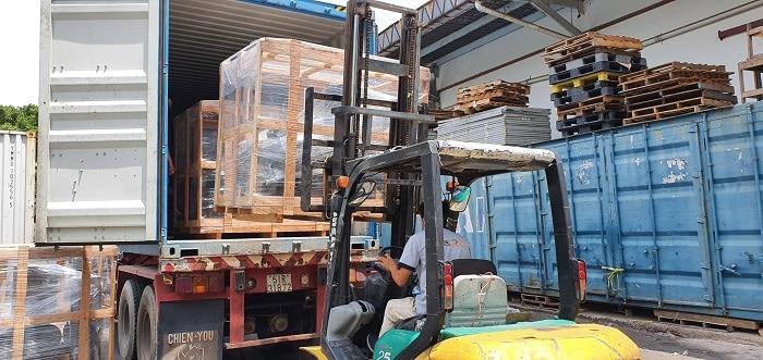 Dịch vụ vận chuyển hàng hóa từ TPHCM đi Long An bằng Container giá rẻ